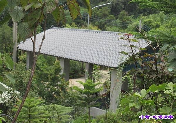 下層花園雨棚區.jpg