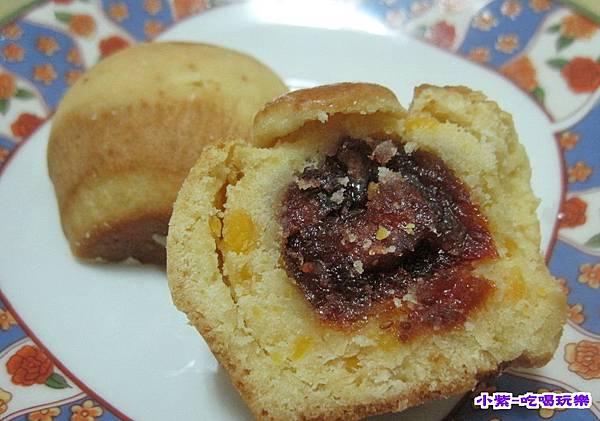 金沙草莓餅 (1).jpg