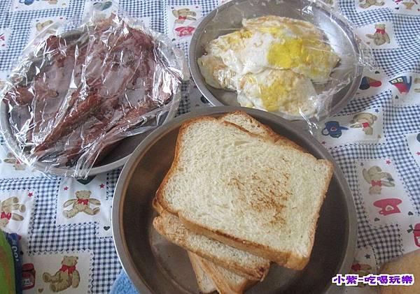 8-2早餐 (2).jpg