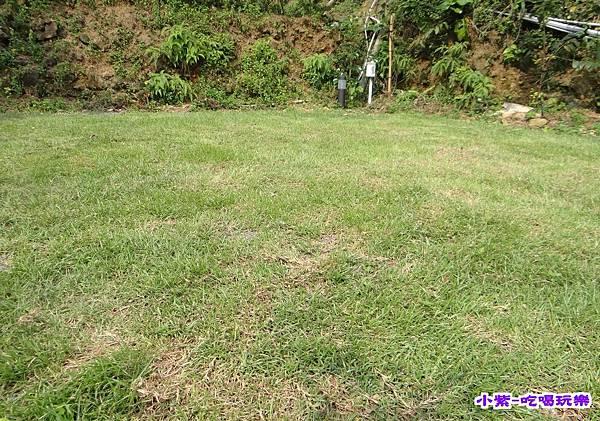 最下層草坪1 (2).jpg