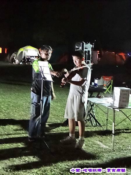 小提琴表演.jpg