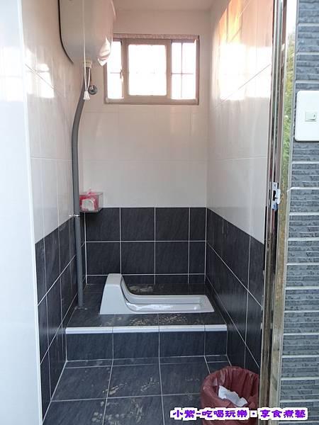 D2浴廁.jpg
