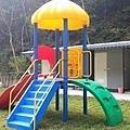 D區溜滑梯和衛浴.jpg