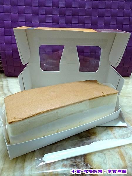 蔓越莓乳凍蛋糕 (2).jpg