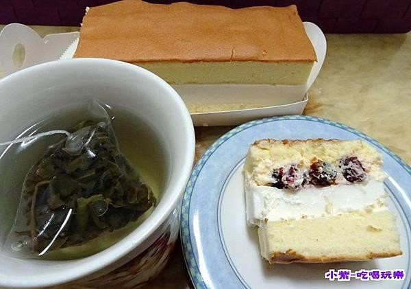 蔓越莓乳凍蛋糕 (7).jpg