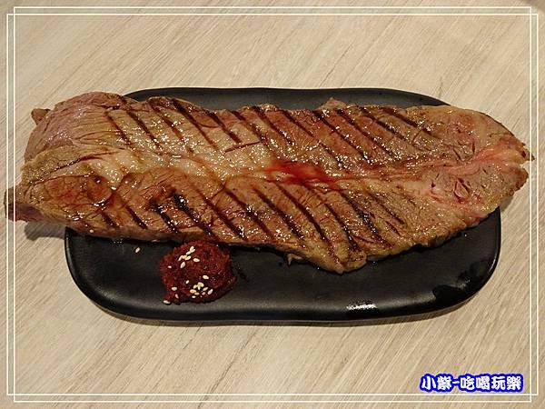12盎司美國厚切炙燒牛小排 (2)P02.jpg