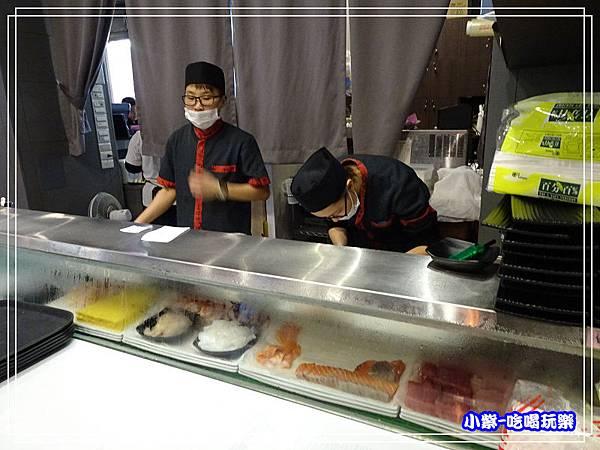 生魚片料理區P136.jpg