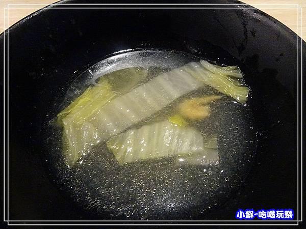 酸菜白肉湯P155.jpg