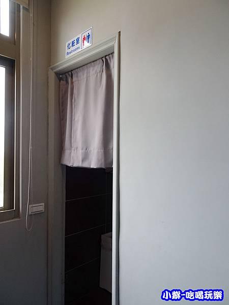 2樓廁所0.jpg