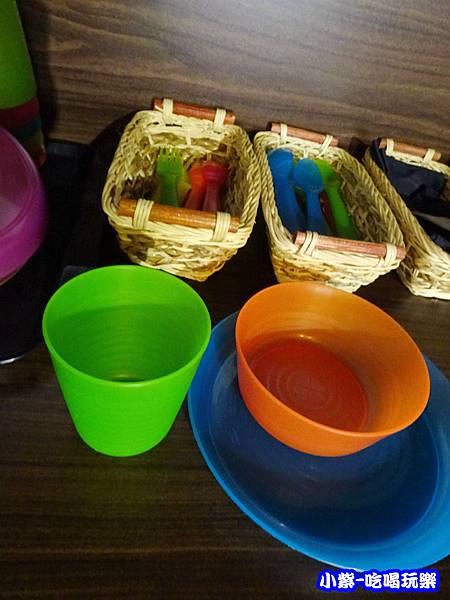 兒童餐具0.jpg
