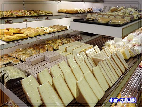 吉美香蕉蛋糕麵包店 (4)2.jpg