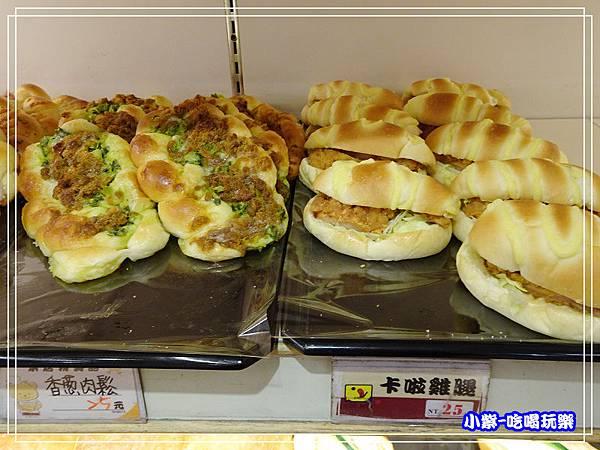 吉美香蕉蛋糕麵包店 (5)3.jpg