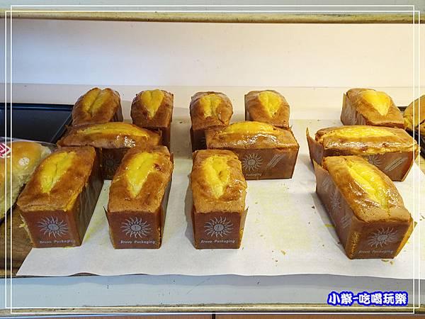 吉美香蕉蛋糕麵包店 (7)5.jpg