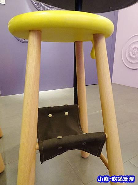 繽紛木椅22.jpg