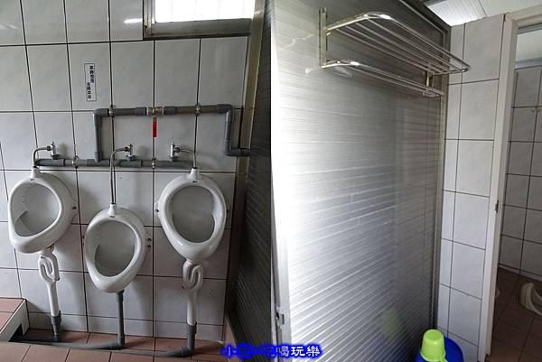 男廁 (4).jpg