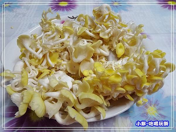 珊瑚菇料理 (3).jpg