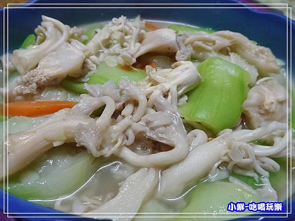 珊瑚菇料理 (1).jpg
