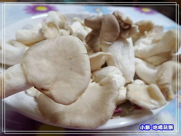 新鮮秀珍菇 (1)0.jpg