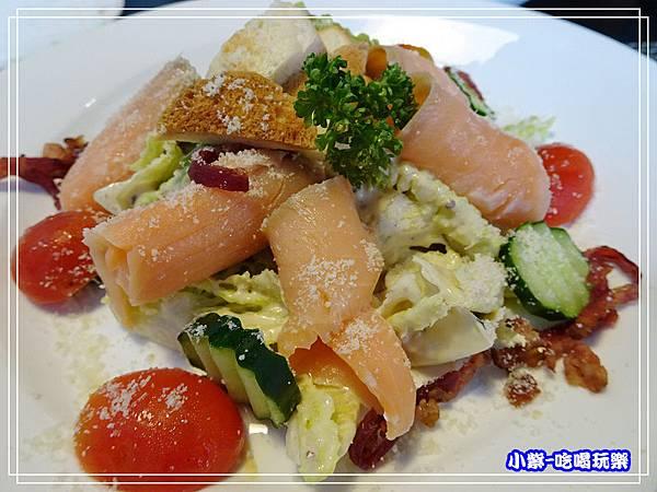 凱薩燻鮭魚沙拉_21.jpg
