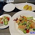 凱薩燻鮭魚沙拉_32.jpg