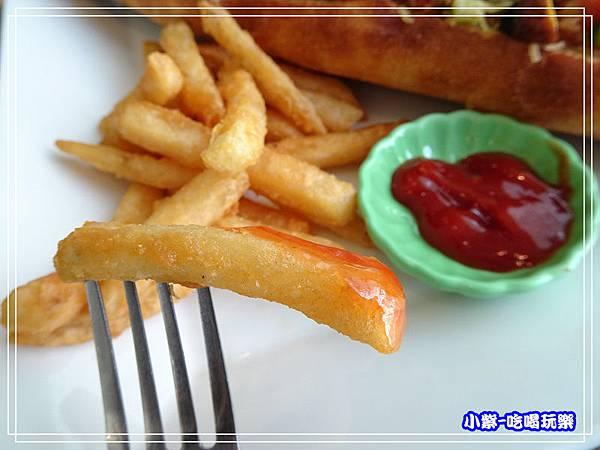辣鮪魚法國麵包 (3)48.jpg