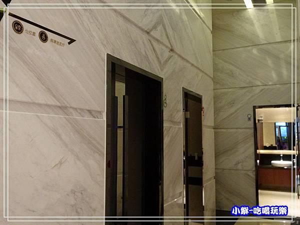 1樓大廳(右側)化粧間4.jpg