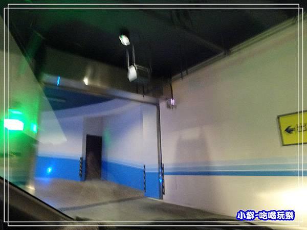 星動銀河-地下停車場0.jpg