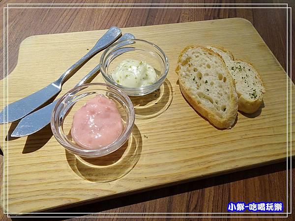 暖麵包籃附玫瑰香草奶油果醬 (2)8.jpg