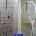 露營區-女廁.jpg