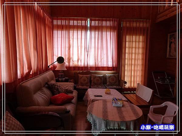 民宿客廳 (2)102.jpg