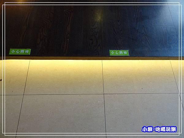 小心台階28.jpg