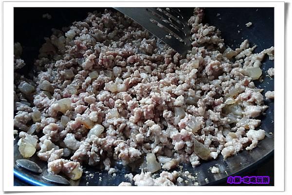 黑胡椒肉燥5.jpg