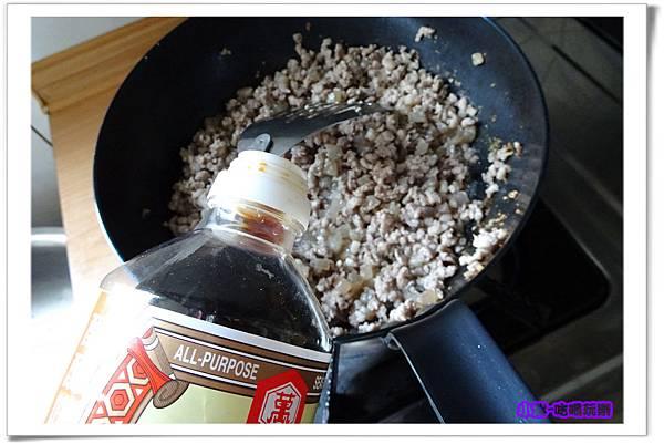 黑胡椒肉燥7.jpg