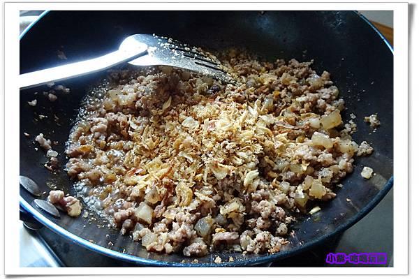 黑胡椒肉燥10.jpg