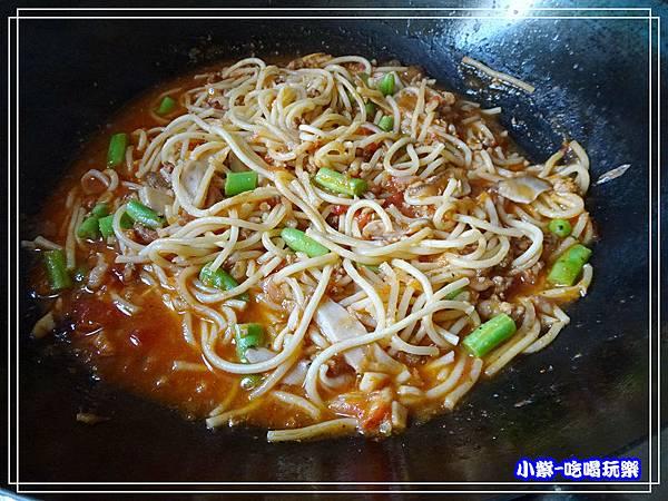 波隆納蘑菇肉醬義大利麵 (7)15.jpg