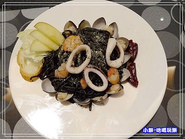 墨魚海鮮義大利麵 (2)10.jpg