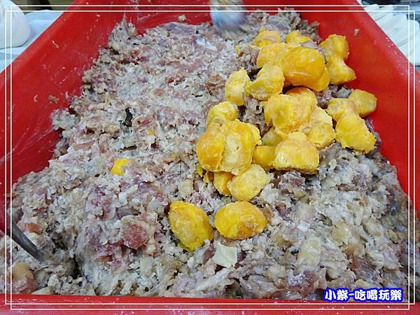 現做蛋黃肉包 (1)39.jpg
