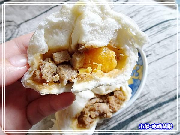 鹹蛋黃肉包 (1)61.jpg