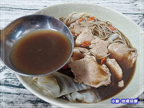 何首烏腰內肉麵線湯 (1)6.jpg