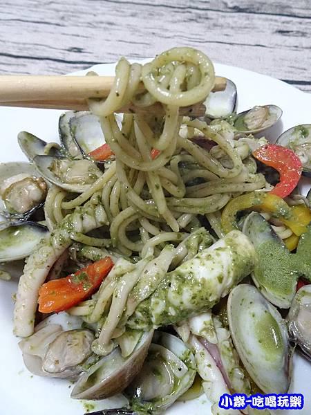 青醬蛤蜊菇菇麵 (1)10.jpg