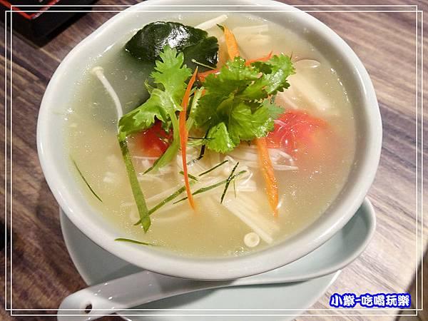 南薑野菇雞湯.5.jpg