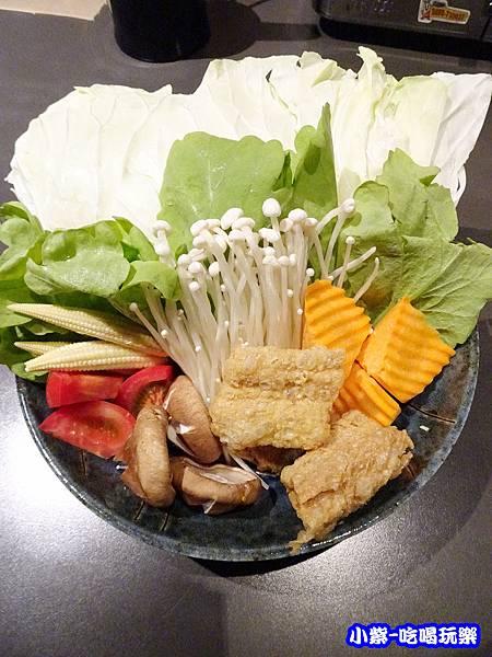 綠咖哩海鮮鍋菜盤 (1)12.jpg