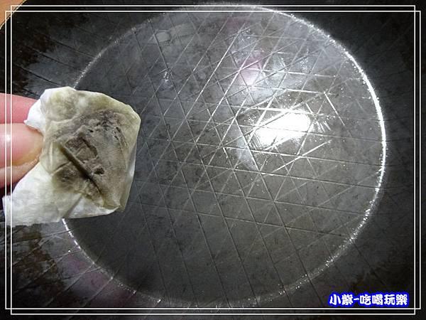 德國turk鐵鍋28熱鍛平底深鍋 (1)0.jpg