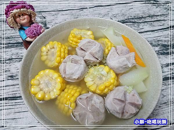 玉米菜心貢丸湯 (1)10.jpg