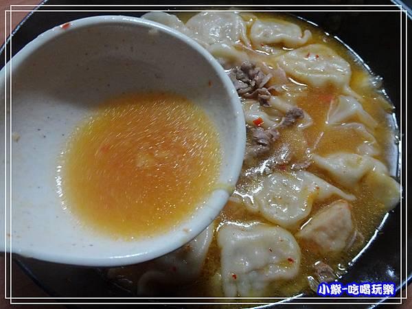 異類泡菜湯餃 (1)4.jpg