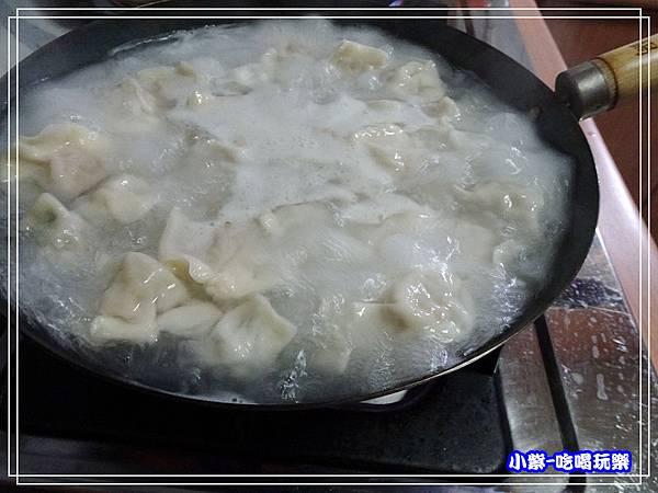 煮水餃3.jpg