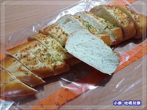 洋葱紅酒泥佐香蒜麵包 (3)10.jpg