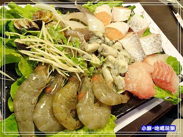 柳村一品鍋-- (12).jpg