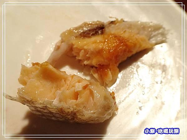 鹽烤鮭魚肚 (3)102.jpg