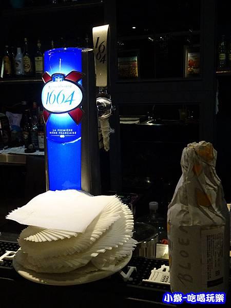 法國可倫堡1664生啤酒8.jpg
